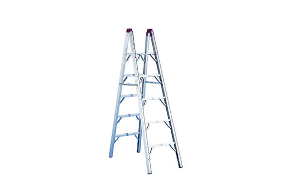 6' Compact Folding Ladder
