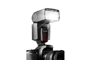 Top 10 Best Shoe-Mount Flashes in 2016 Reviews
