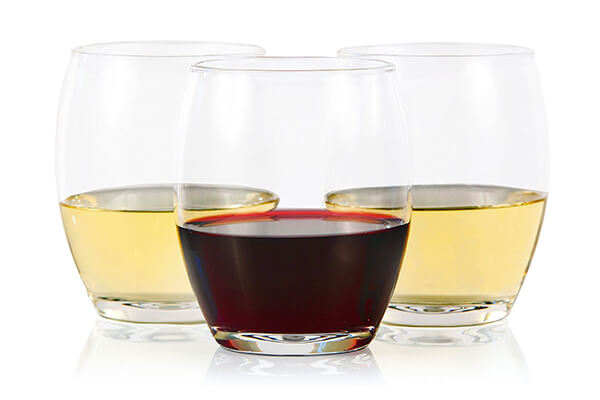 8. Cruvina 4 Plastic Stemless Shatterproof Unbreakable Crystal Clear Wine Glasses