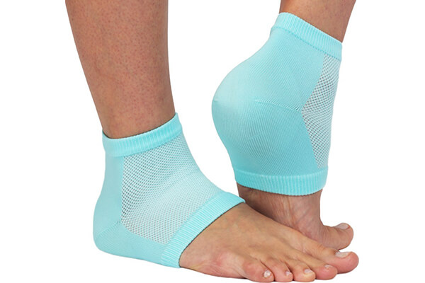 Vented Moisturizing Gel Heel Sleeves