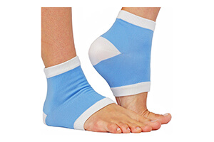 Top 10 Best Moisturizing Socks for Dry Feet of (2019) Review