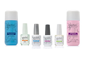 Top 10 Best Nail Polish Removers for Natural Nails of 2018 Review