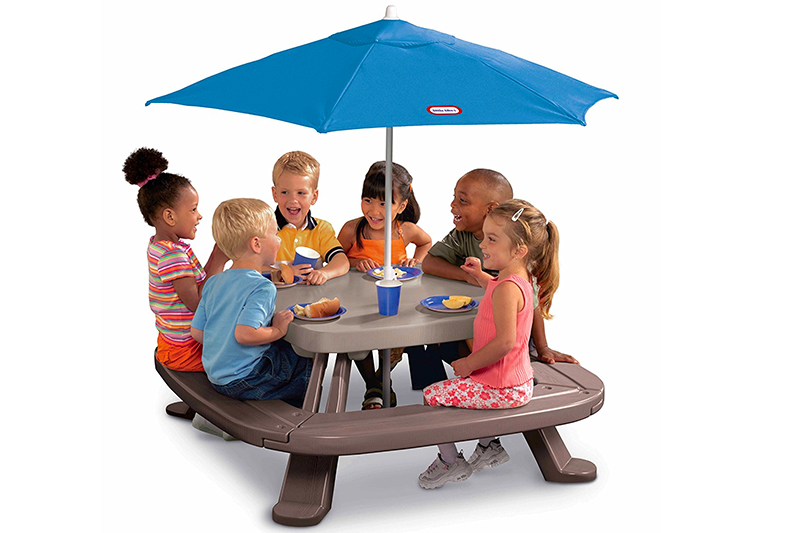 The Best Picnic Table for Kids of 2018 Review
