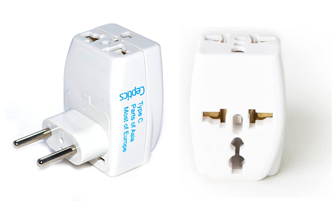 3 Outlet Travel Adapter Plug