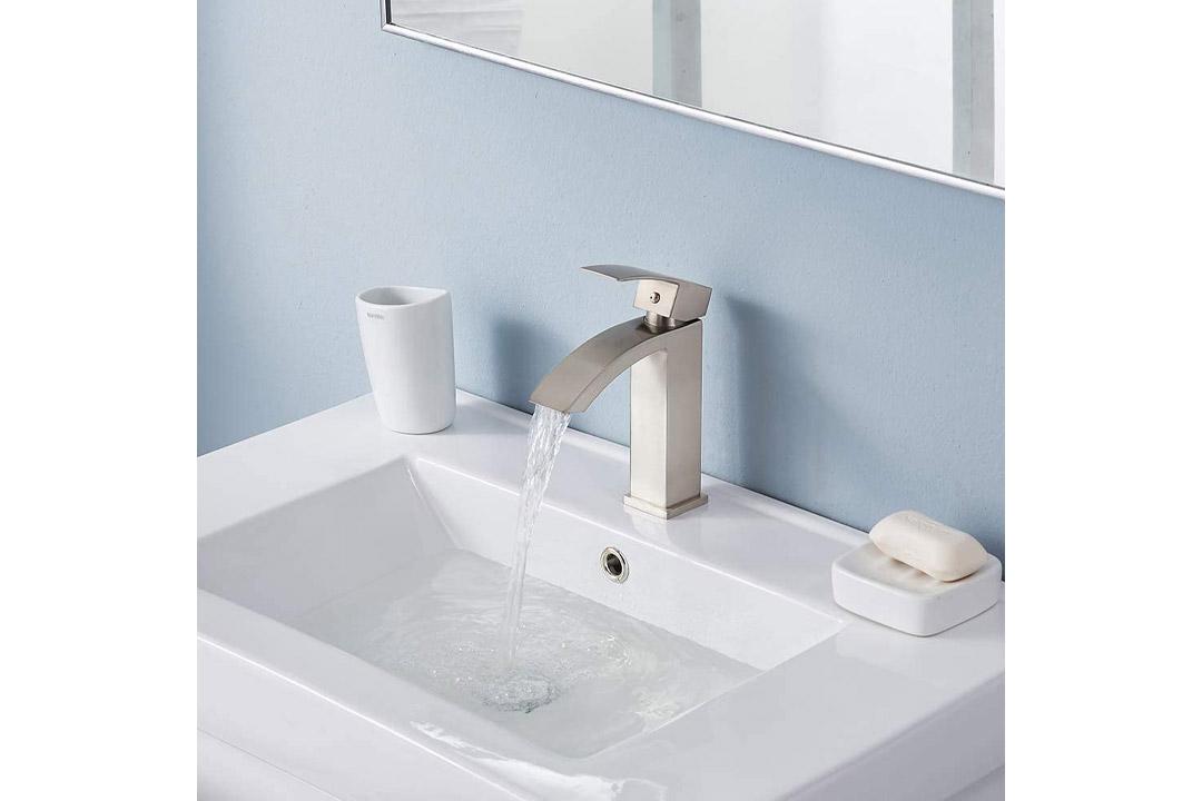 Friho Single Handle Waterfall Bathroom Vanity Sink Faucet