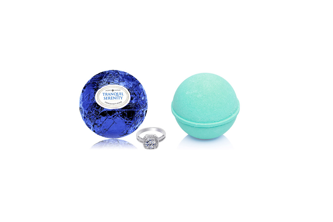 Kids BUBBLE Bath BoBath-Bomb-with-Surprise-Size-Ring-Inside-Tranquil-Serenity-Extra-Largembs with Surprises Inside